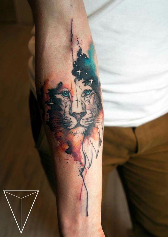 Le meilleur tatouage de lion pour vous et votre roi intérieur de la jungle! Top 151 88