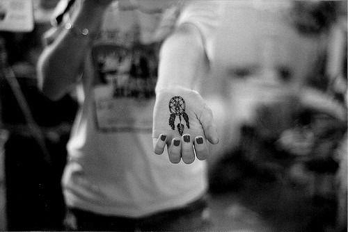 tatouage de capteur de rêves 26