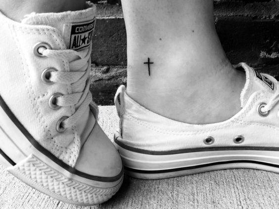 Petits tatouages - TOP 151 tendance petit tatouage d'art pour souffler l'esprit 92