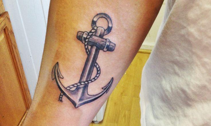 15 idées de tatouage pour l'ancre 1