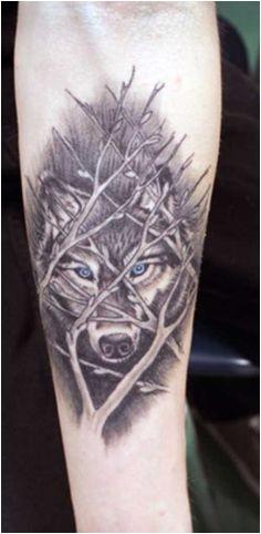 Tatouages de loup pour le bras