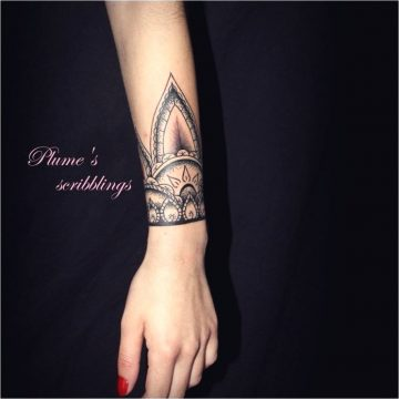 Tatouages de bras pour les femmes 111