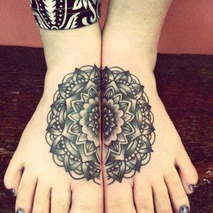 Tatouage de pied de femme