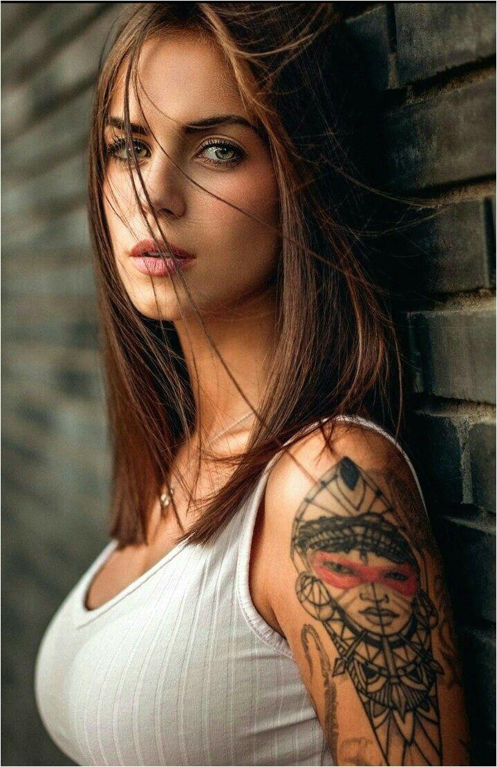 Tatouages De Rêve Tatoué Femme Tatouage Femme Visage Corps Complet Beauté Dans Les Filles Tatouées Nne Je T'aime Plaisir