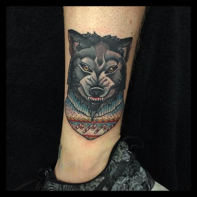 Meilleur tatouage de loup pour hurler sur la lune 76