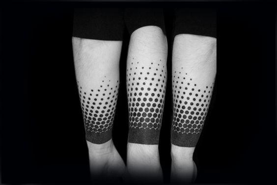 Tatouage manches avant-bras Blackwork Dots