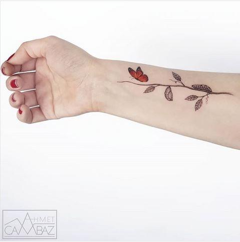 Tatouage Avant-bras Papillon Cycle