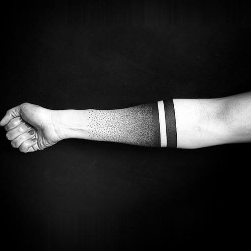 Tatouage manches avant-bras points et blackwork