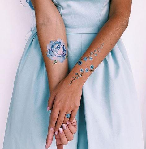 Oubliez-moi les brindilles et les tatouages d'avant-bras de pivoine