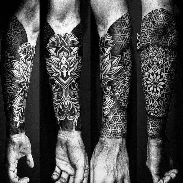 Tatouage ornemental magnifique de l'avant-bras