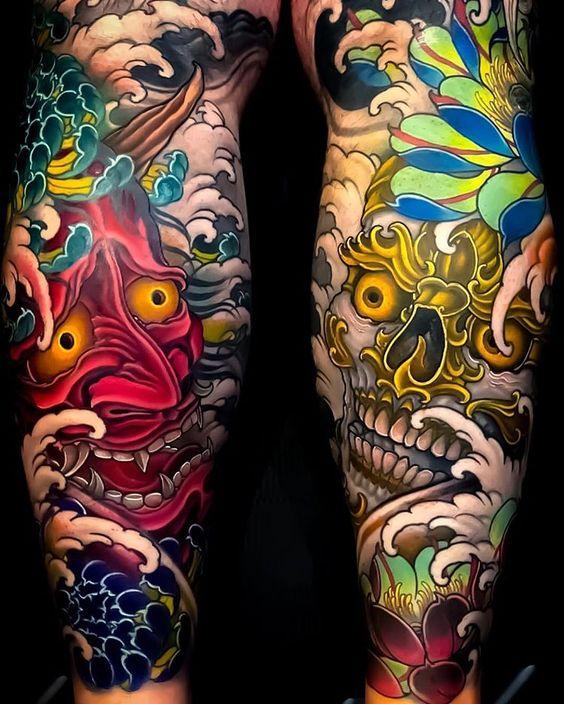 Tatouage de manche de jambe sur le thème japonais