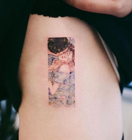 Peinture inspirée du tatouage latéral