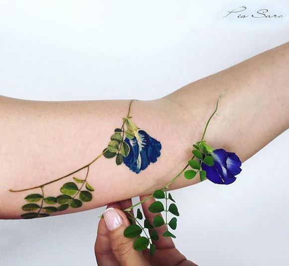 Tatouage Avant-bras Fleur Plante Pois