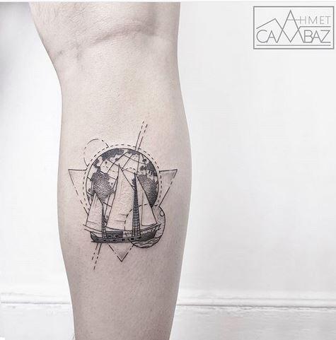 Thème de tatouage de veau à voile