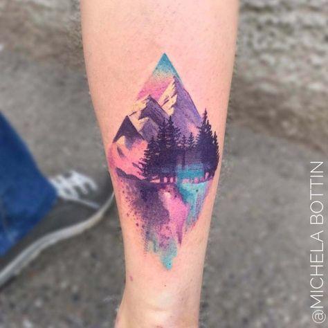 Tatouage avant-bras aquarelle paysage Pastel