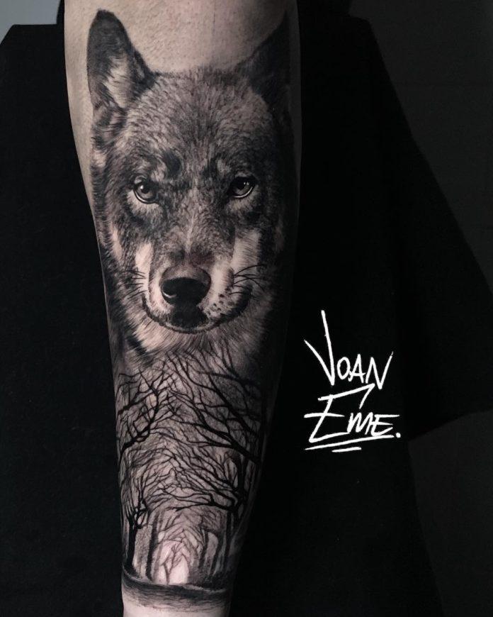 20 7-40 tatouages de forêt pour hommes