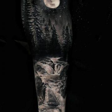 40 tatouages de forêt pour hommes 10