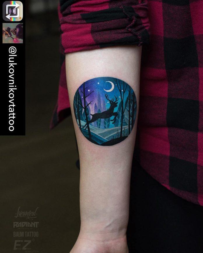 6 6-40 tatouages de forêt pour hommes