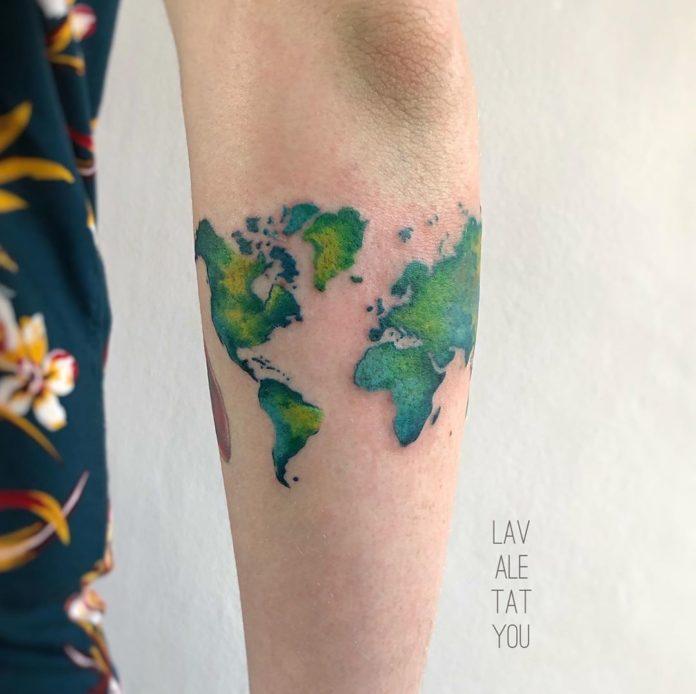1 12 - 40 tatouages sur la carte du monde