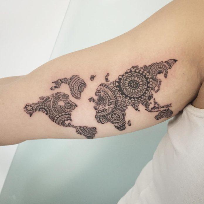 15 10 à 40 tatouages sur la carte du monde