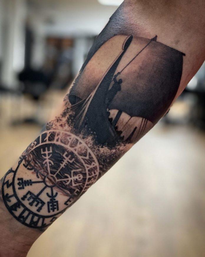 29 12 - 80 tatouages Viking pour hommes