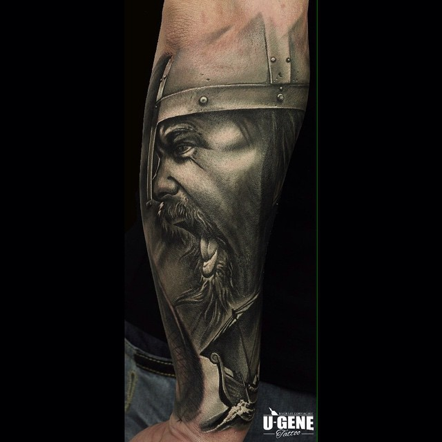 16 13-80 tatouages Viking pour hommes