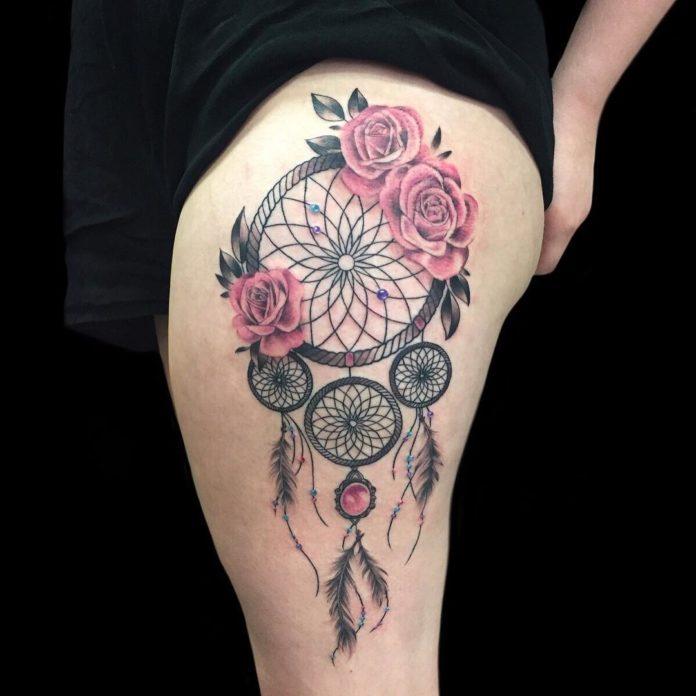 21 10-40 tatouages de plumes pour femmes