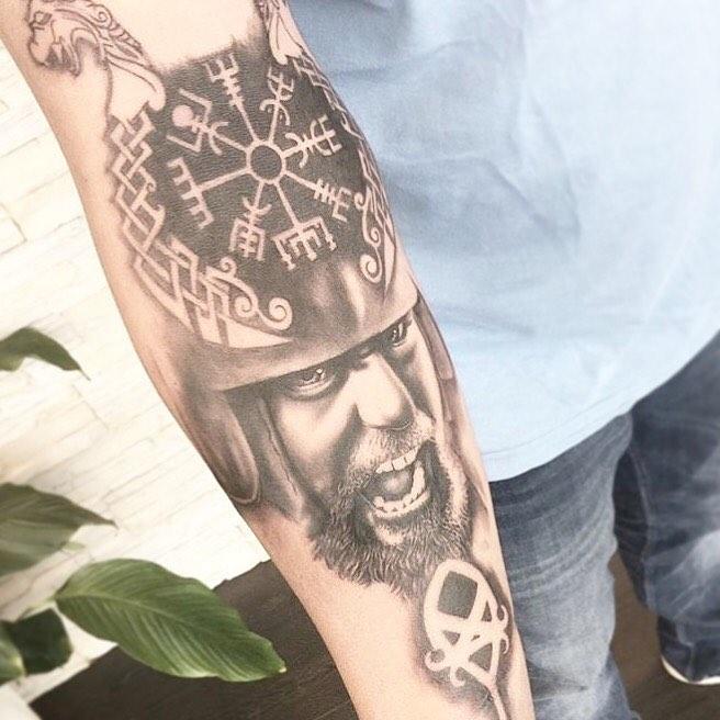 32 13-80 tatouages Viking pour hommes