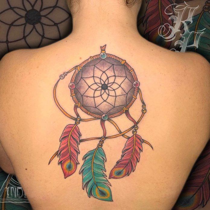 34 12 - 40 tatouages de plumes pour les femmes