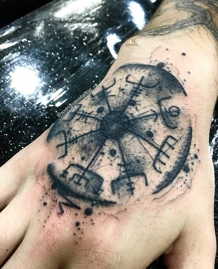 35 17-80 tatouages Viking pour hommes