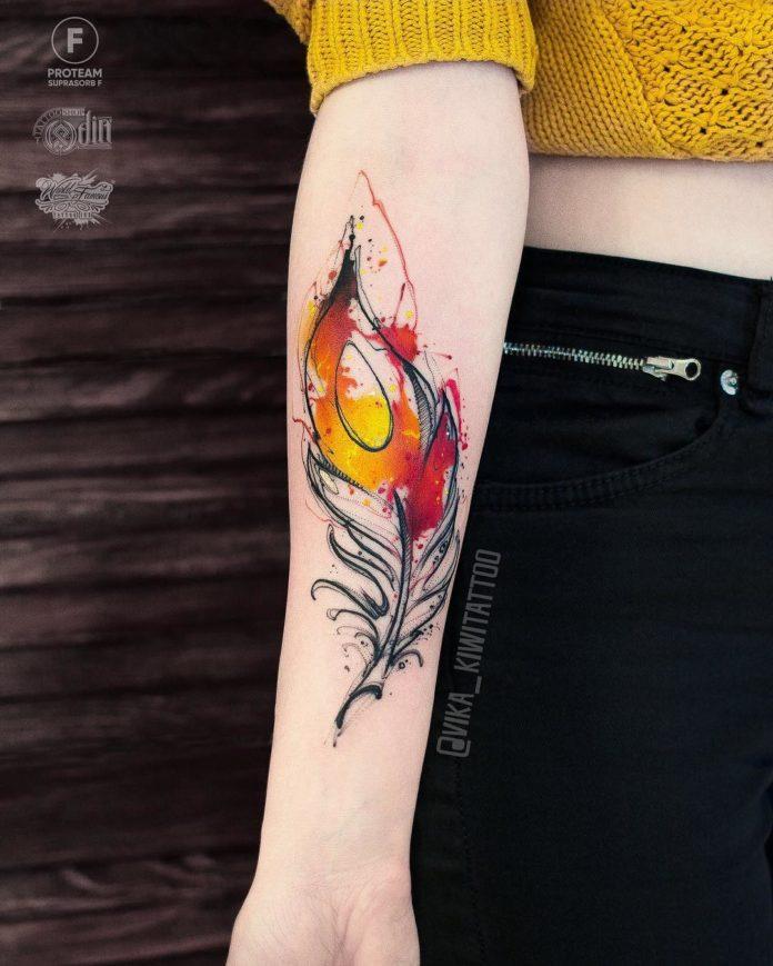 6 10-40 tatouages de plumes pour femmes