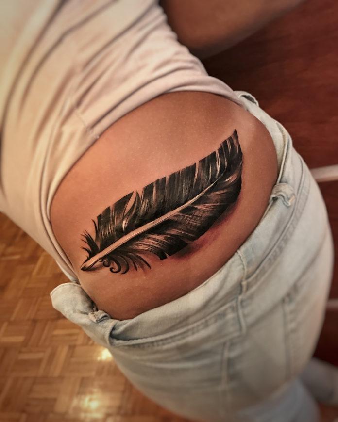 8 11-40 tatouages de plumes pour femmes