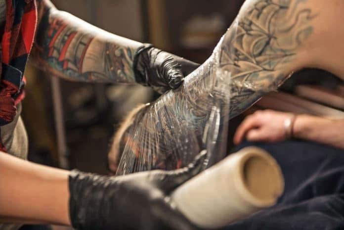Comment entretenez-vous votre tatouage?