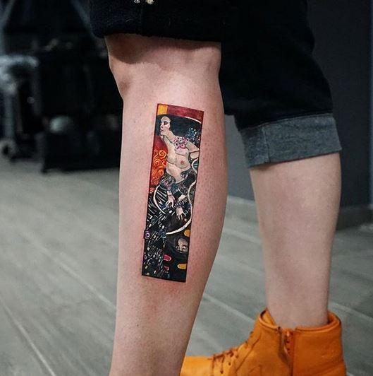 Le tatouage de la jambe Judith II de Klimt