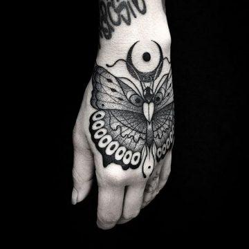 30 Franki Tattoo Collection qui définit parfaitement le blackwork 102