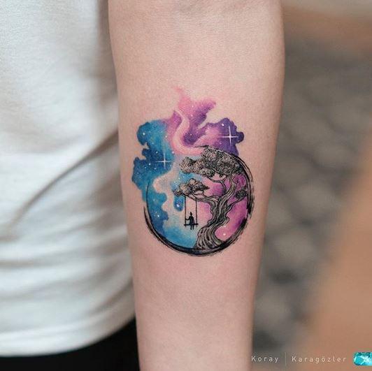 Tatouage avant-bras Cosmos