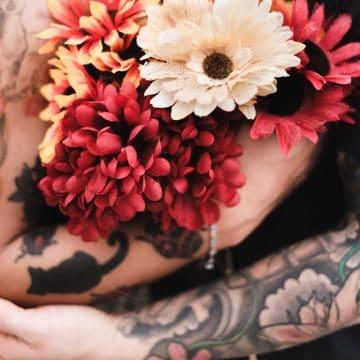 Rencontrez quelqu'un qui aime les tatouages et formez un couple fort ! 8